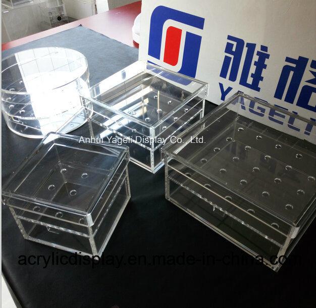 China Manufacture Customized Acrylic Flower Box with Logo
