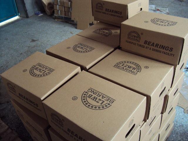 High Quality Taper Roller Bearings (30232, 32232)