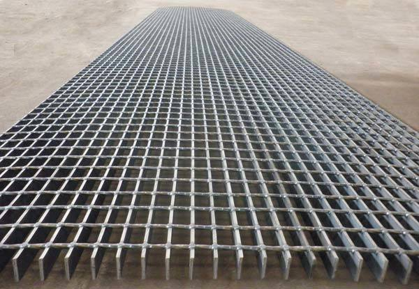 Stainless Steel, Low Carbon Steel-Steel Grating