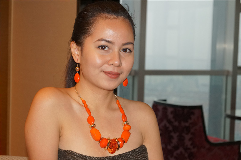 Statement Necklace with Bright Beads and Earrings Jewelry Sets