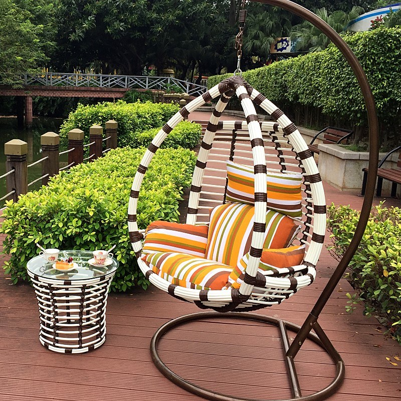Modern Leisure Wicker Patio Furniture Hanging Chair with Round Rattan (J809)