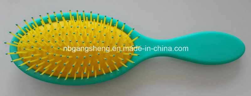Fashion Oval Rubber Pad Hairbrush