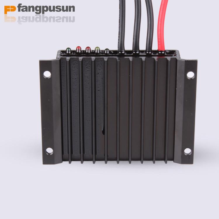 Solar Energy Street Light System 360W Waterproof 15A Intelligent PWM Mini Solar Charge Controller 12V 24V