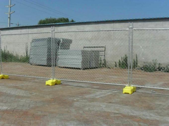 Chain Link Temporary Fence Panels 1.375 Inch Tubue X 16 Gauge Wire Thickness 2.375 Inch Mesh