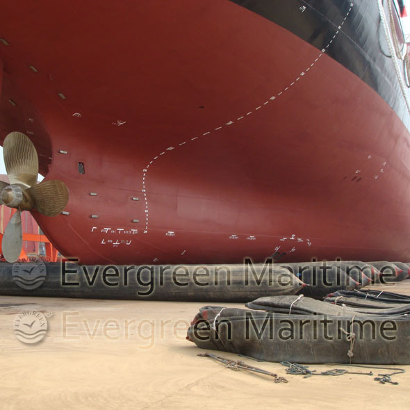 Marine Rubber Air Bags for Boats, Vessel, Ships in The Shipyard