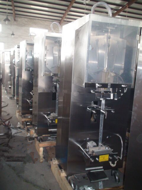 Automatic Sachet Liquid Packing Machine