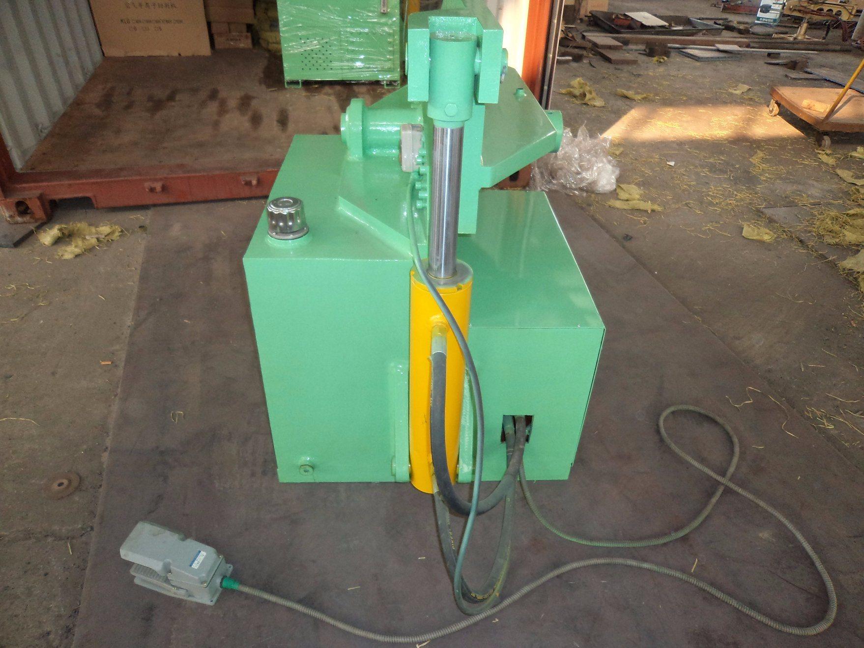 Alligator Shear for Cutting Metal Machine/Scrap Metal