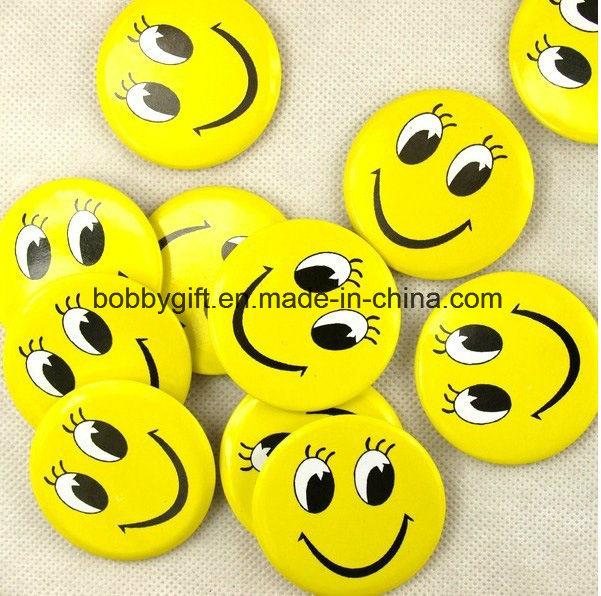 Custom Size Emoji Design Button Pin Badge for Sales