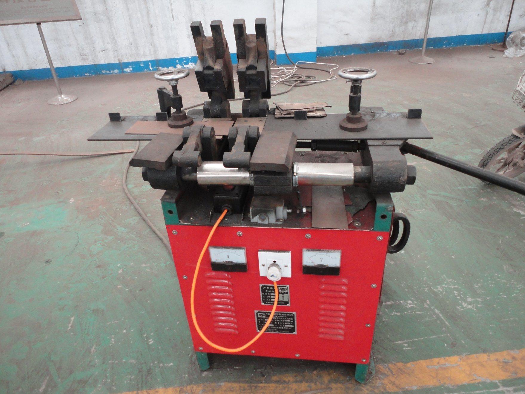 Un100-150 Electric Delta Saw Blades Welding Machine