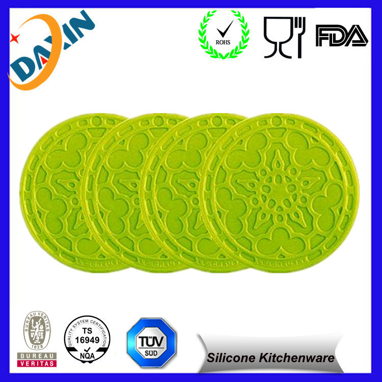 Supply Fashion Design Silicone Mat/Silicone Table Mat/Silicone Lace Mat