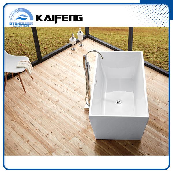 Luxurious Compact Freestanding Acrylic Bathtub (KF-719B)