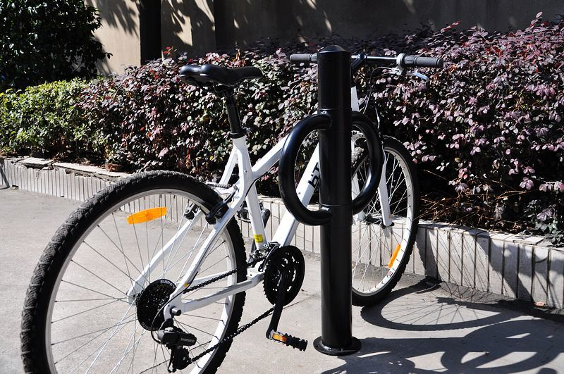 2015 Hot Sold Outdoor Bllard Type Bike Rack