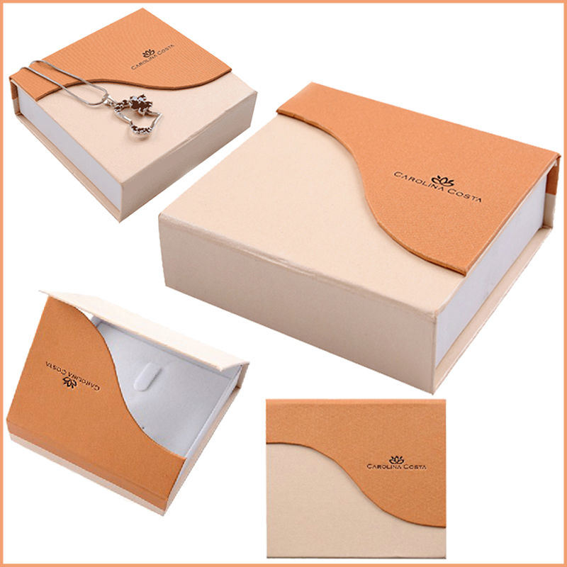 Elegant Paper Gift Box with Competitive Price
