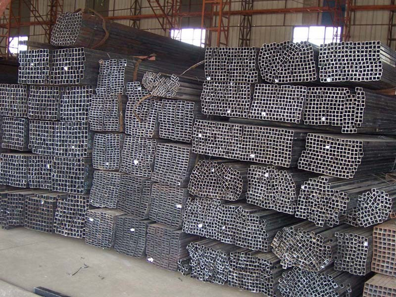 Ss400 Q235 Best Selling Construction Material Black Square Pipe