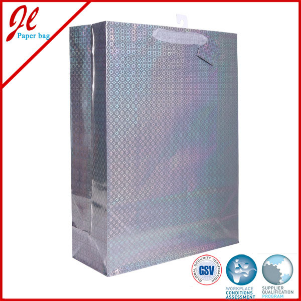 2015 Hologram Film Laser Paper Bags with Satin Handle and Hang Tag