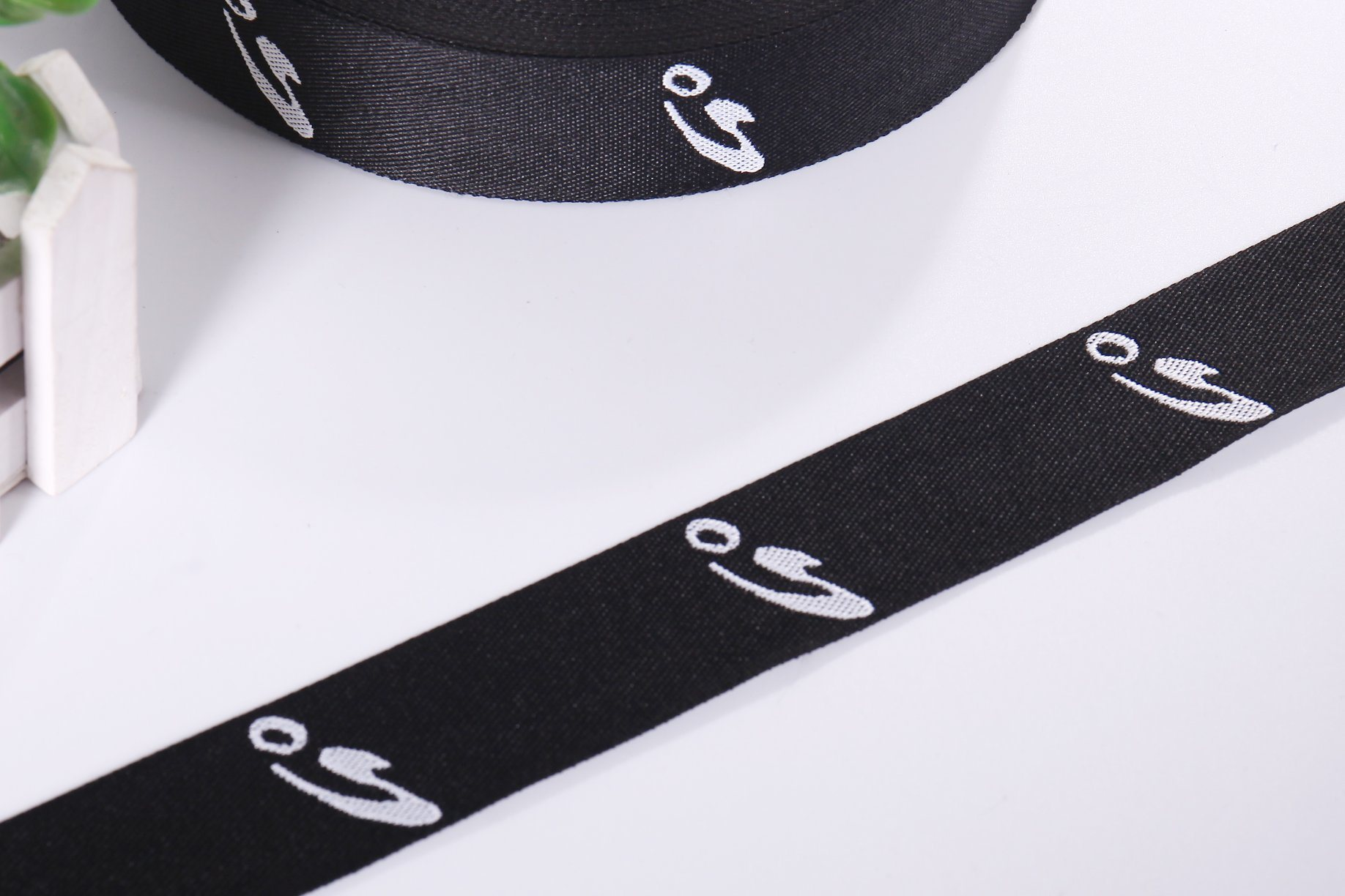Logo Cusomize Weaving Polyester Jacquard Webbing for Handle