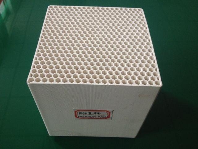 Manufacturer of Cordierite Honeycomb Ceramic Heater