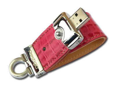 Bootable Clip-off Leather USB Flash Device
