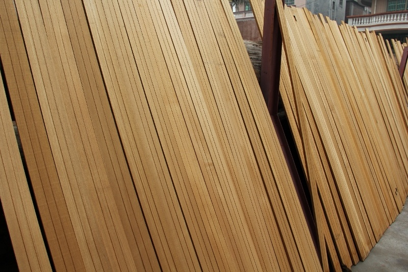 Burma Teak Solid Wood Flooring (YN-1008)