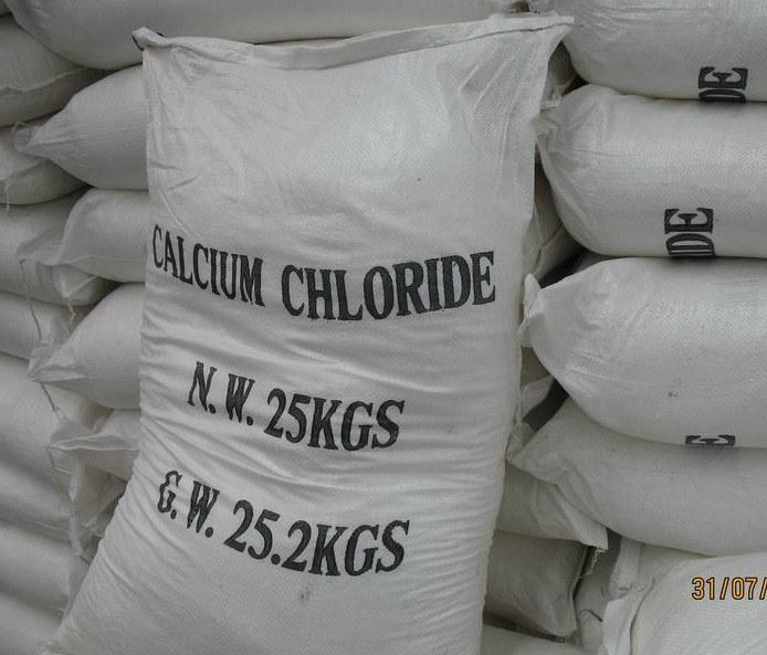 Snow-Melting Agent/Calcium Chloride Flakes 74%-77%
