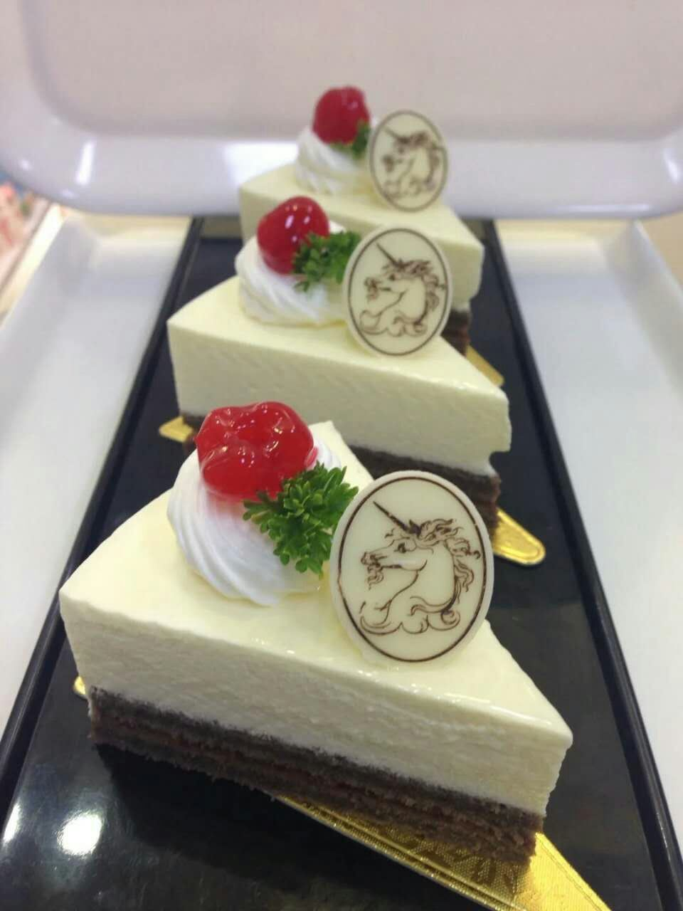 Sweet Cartoon Shape Cake Decoration Chocolate