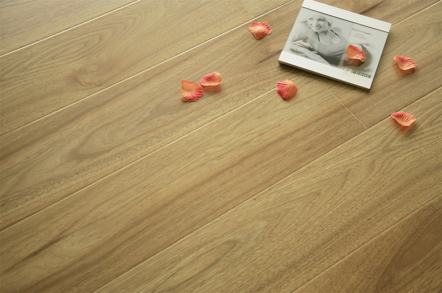 Compact Laminate Flooring for Living Room/Kitchen/Bed Room
