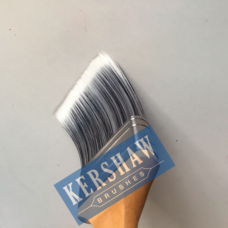 Paint Brush (paintbrush, black & white tapered filament flat brush with hard wood handle)
