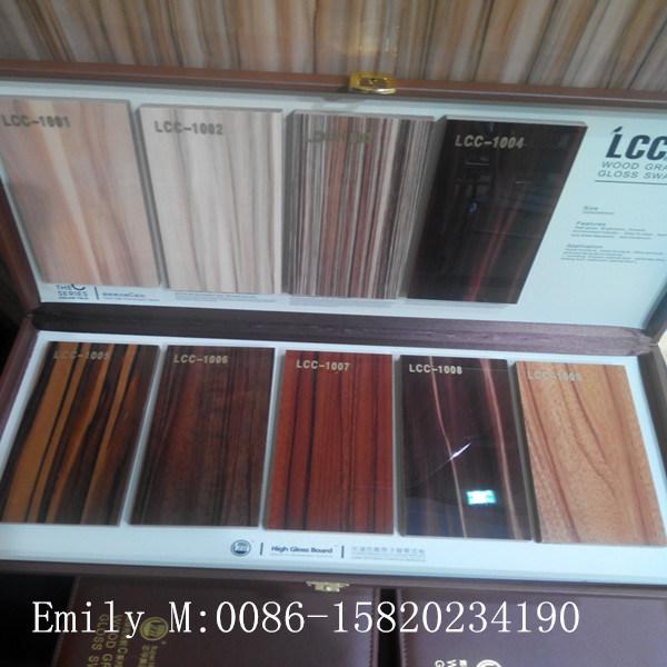 Custom Made High Glossy Wooden Kitchen Cabinet Door (ZHUV factory)