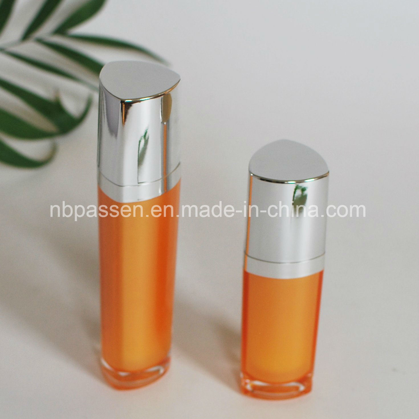 15/50ml Orange Acrylic Bottle with Lotion Pump for Cosmetics (PPC-NEW-095)