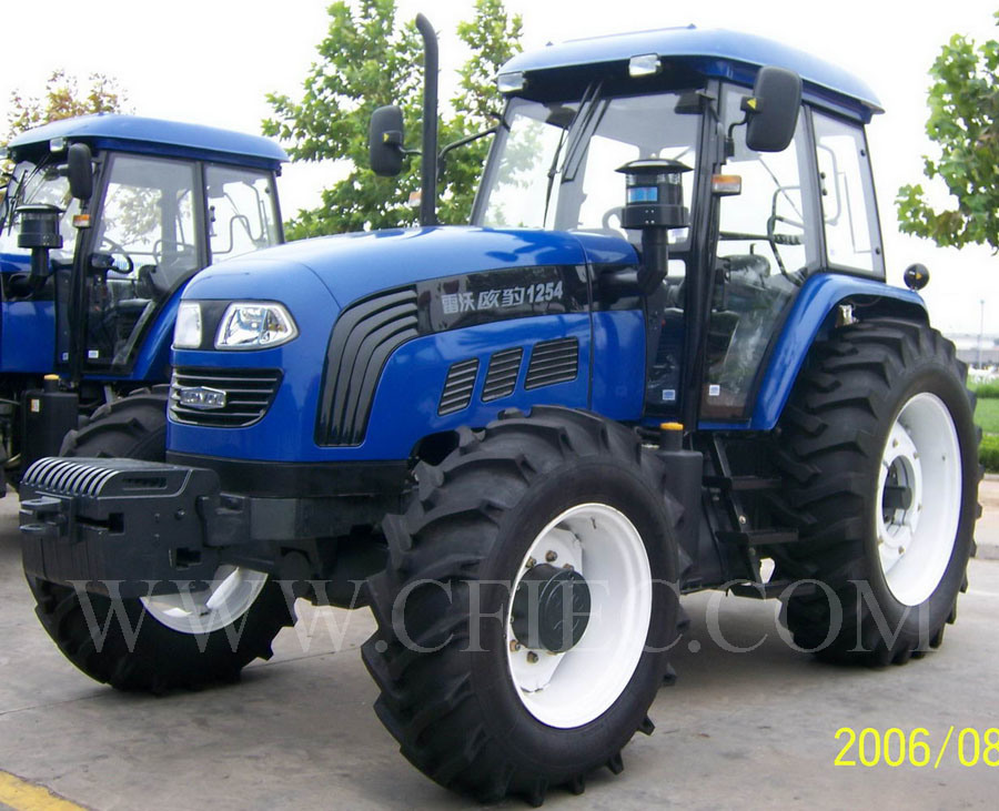 Tractor Brand Names : All tractor brands pictures to pin on pinterest daddy
