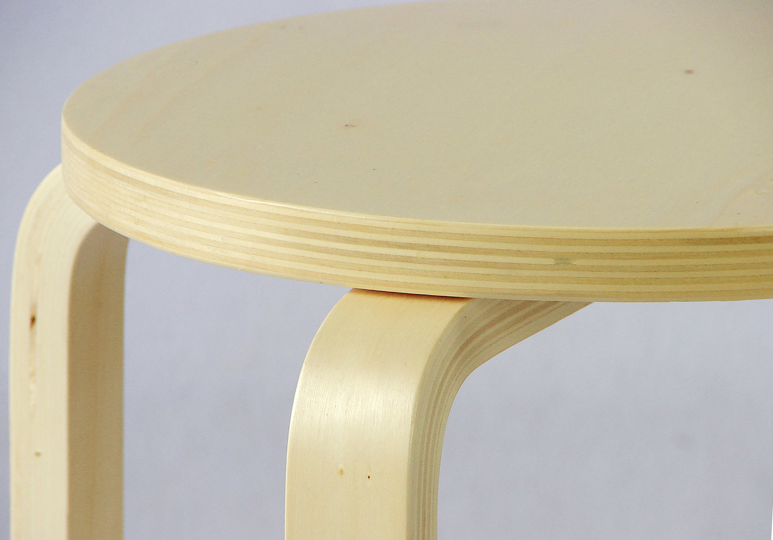 Wooden Stool Birch Stool Bentwood Stool (H-H007)