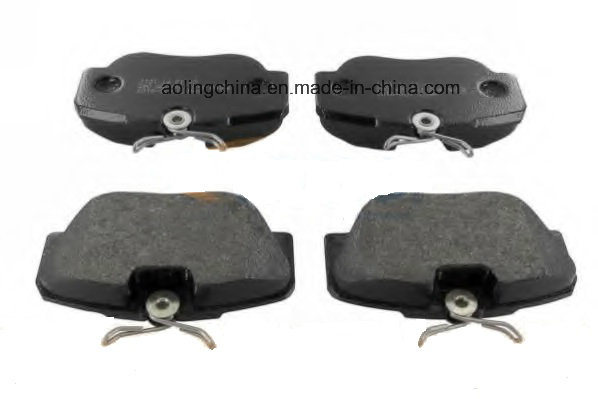 Car Semi Metallic Auto Brake Pad for Mercedes-Benz (000 420 8920)