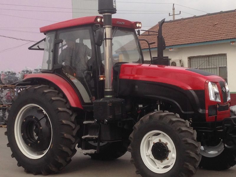 Hot Sale 100HP 4WD Wheel Agriculture Tractor with Canopy