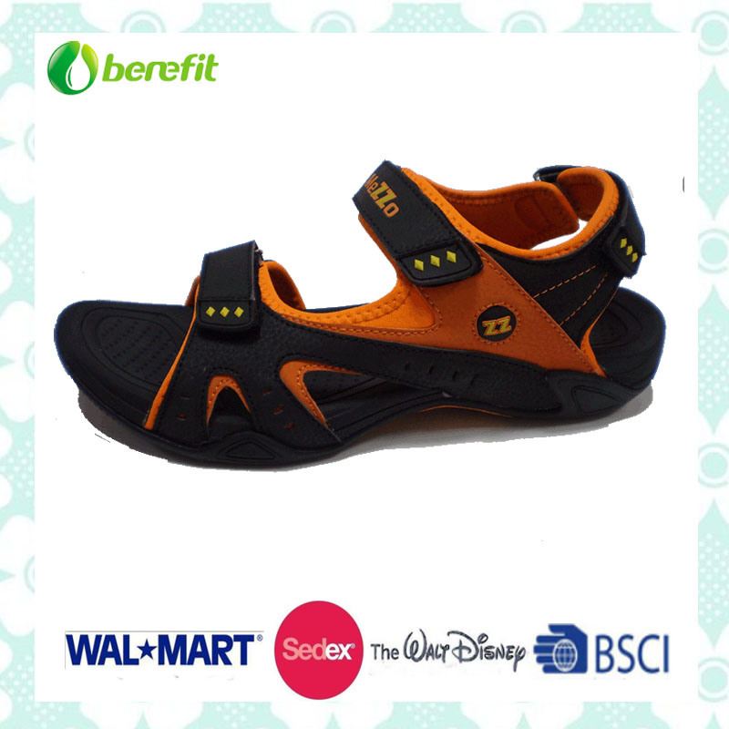 Men′s Sandals with Good Design for Hiking