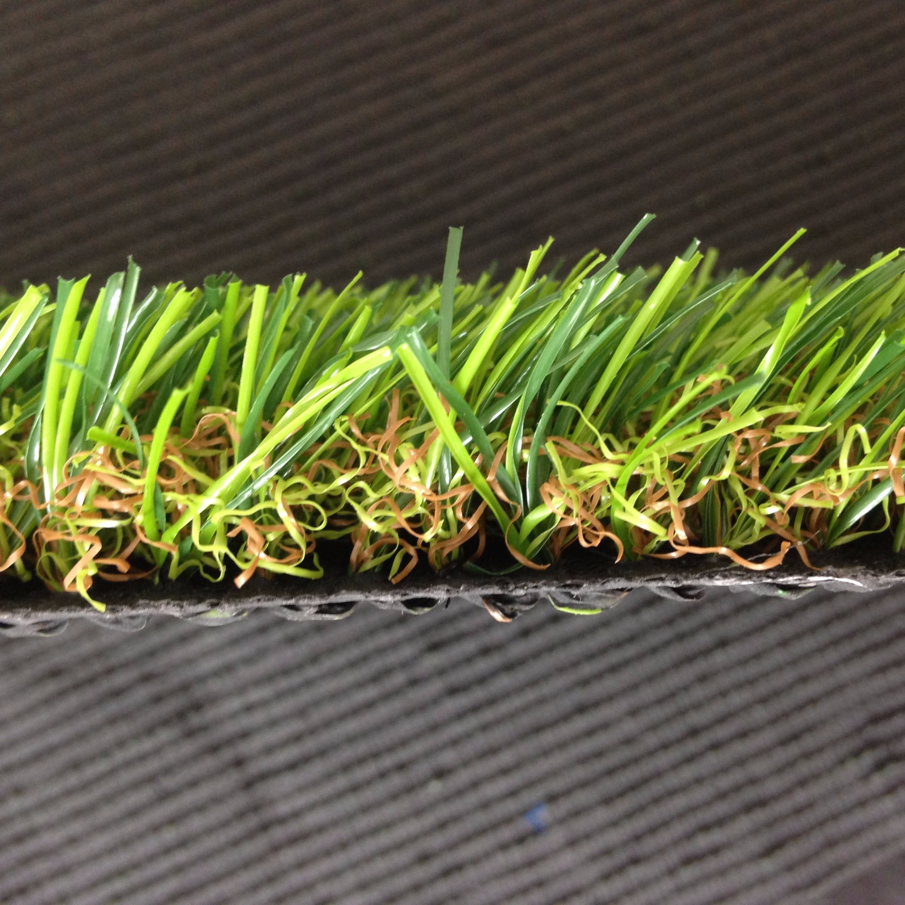 15600tuft Density 2mm-3mm Height Four Color Artificial Turf Grass