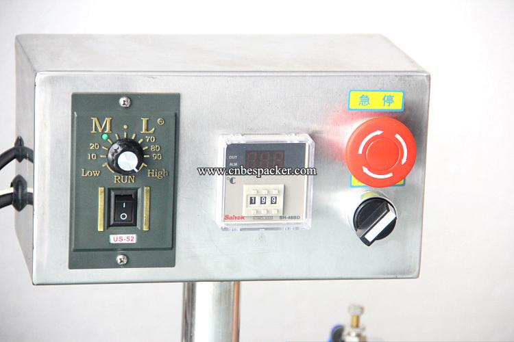 Pneumatic Semi-Auto Juice Liquid Filling Machine Price