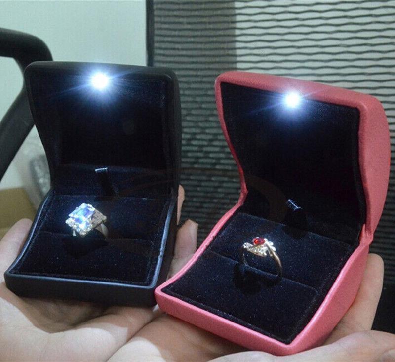 Fashion Wooden White LED Light Jewellery Ring Box