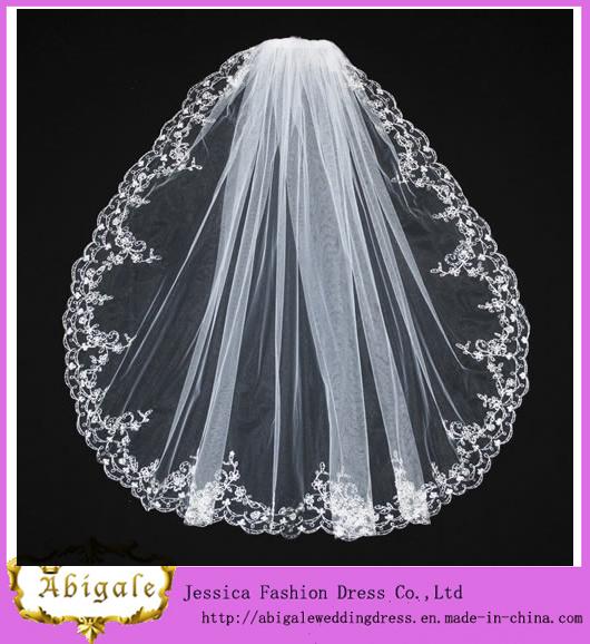 Tulle White Appliques Wedding Veil (MI 3561)