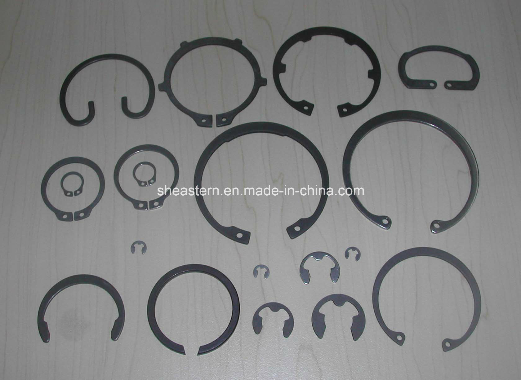 Retaining Ring / Circlips (DIN471/DIN472/DIN6799)