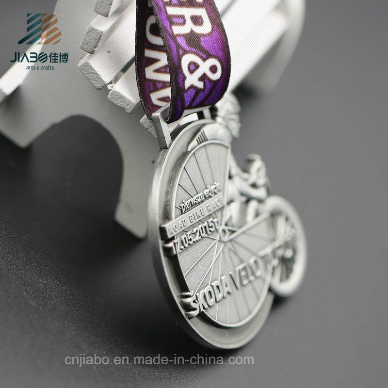 Customize Antique Silver 3D Bike Race Sports Running Medal with Ribbon (JIABO-JP1688)