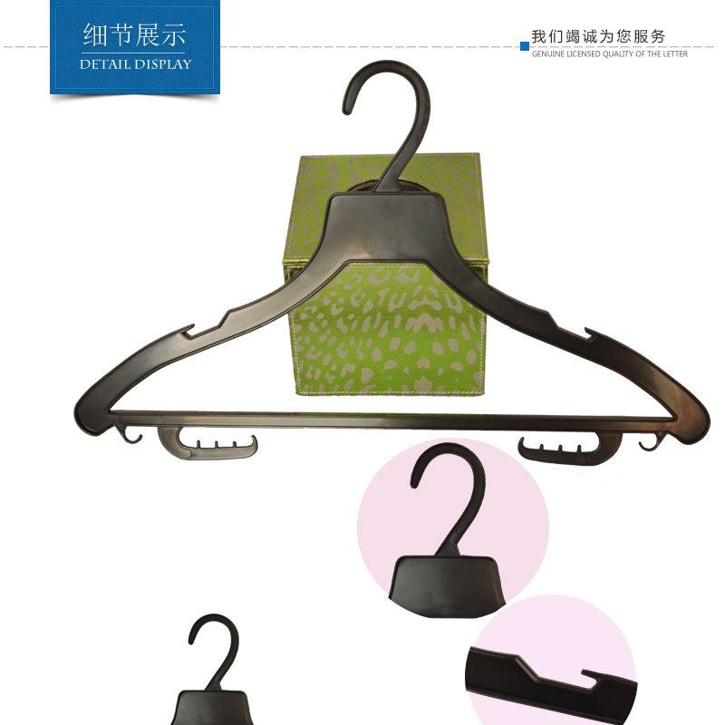Manufacture Custom Black No Slip Plastic Hangers for Hotel