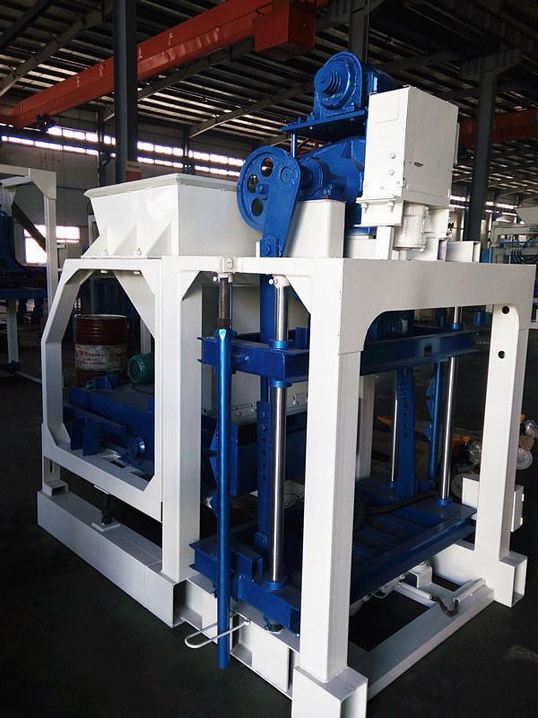 Low Price Cement Brick Block Making Machine Price, Cement Manual Block Making Machine (QTJ4-20)