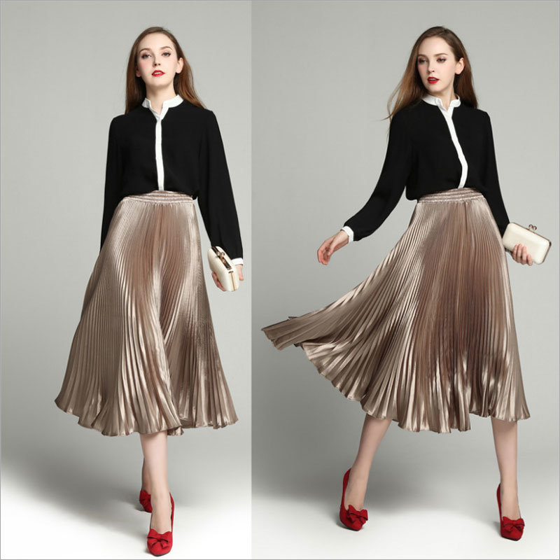 Champagne All-Match Long Pleated Skirt for Woman′s Clothes