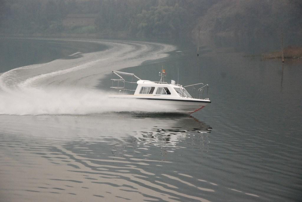 6.5 Meters Cabin Patrol Fiberglass Speed Boat