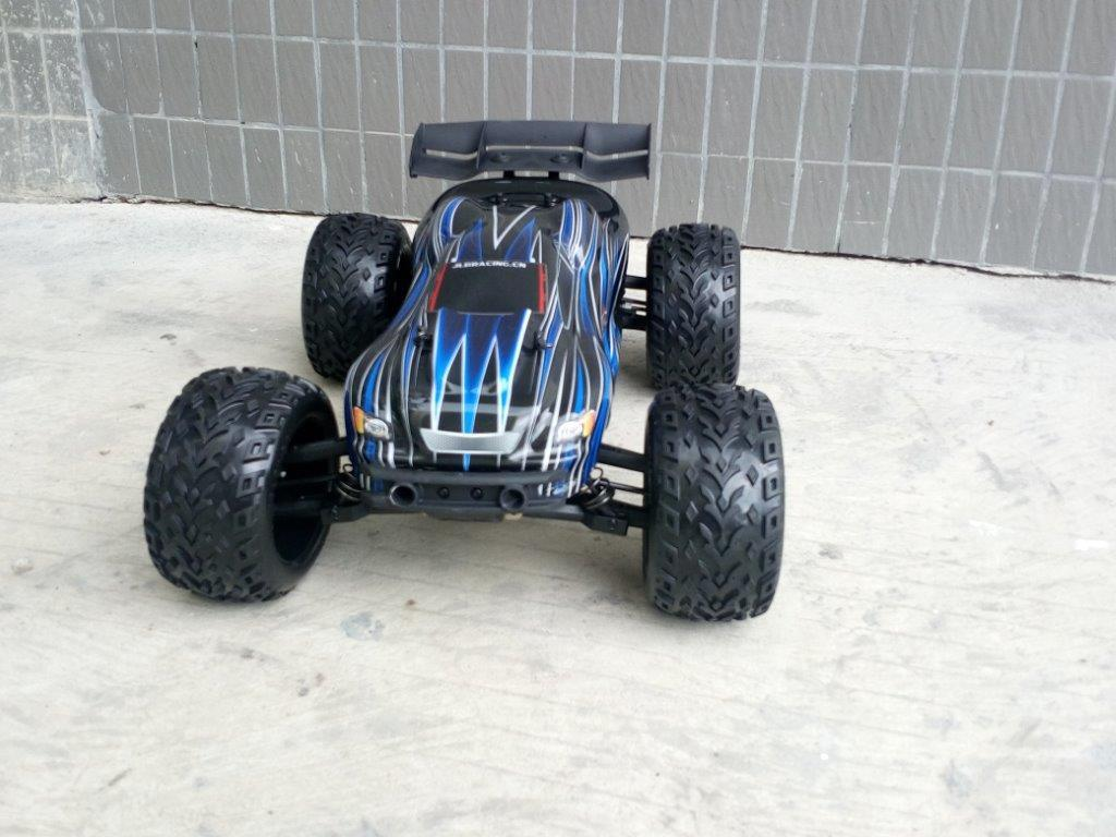 Firm RC Model 1: 10 Scale Car with Attractive Price