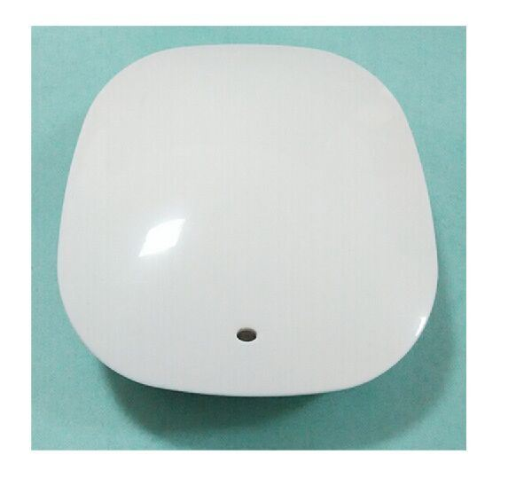 Bluetooth Beacon Gateway Compatible with BLE 4.0 Protocol.