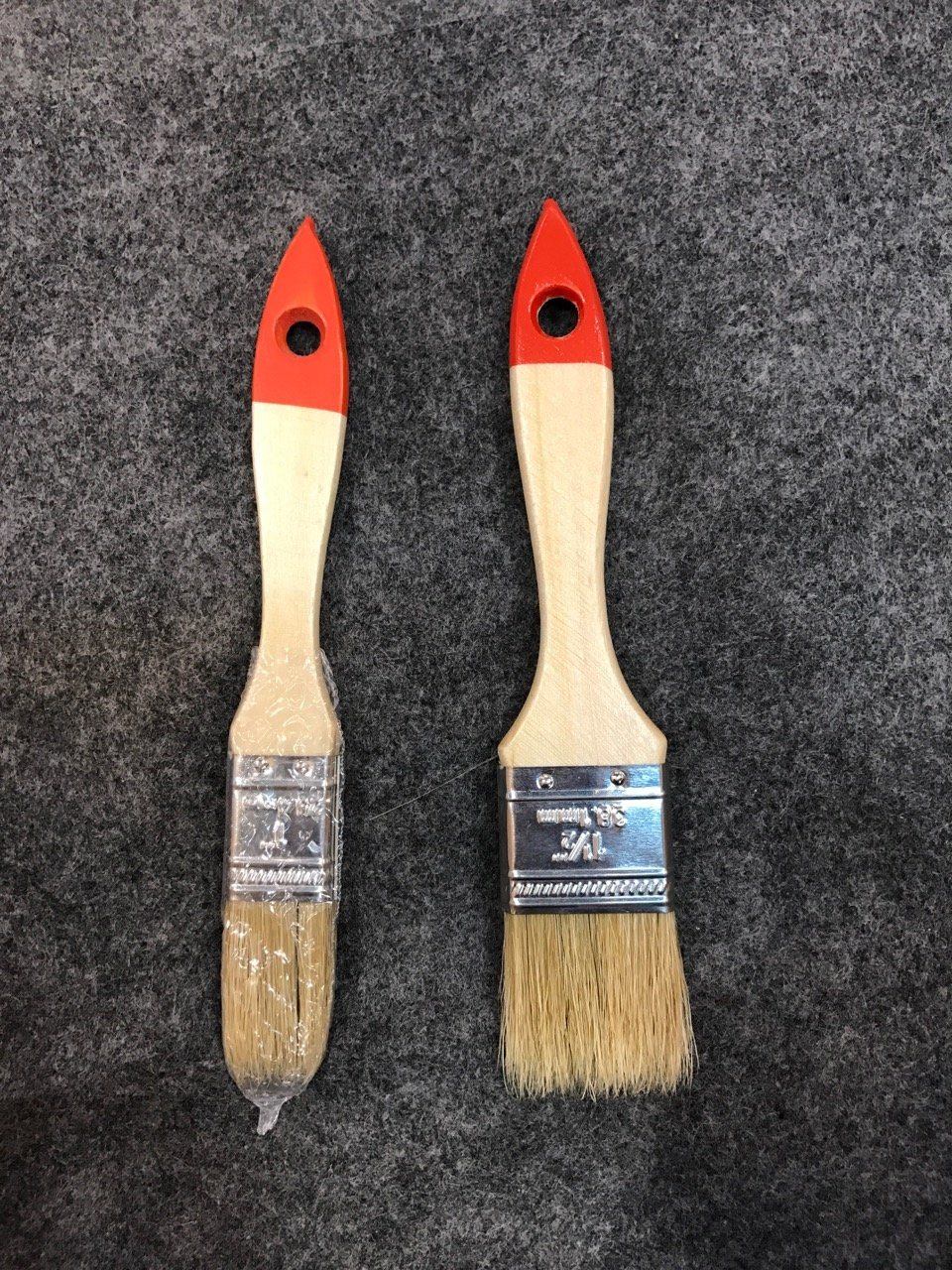 Wooden Handle 640 Paint Brush with Bristle Material