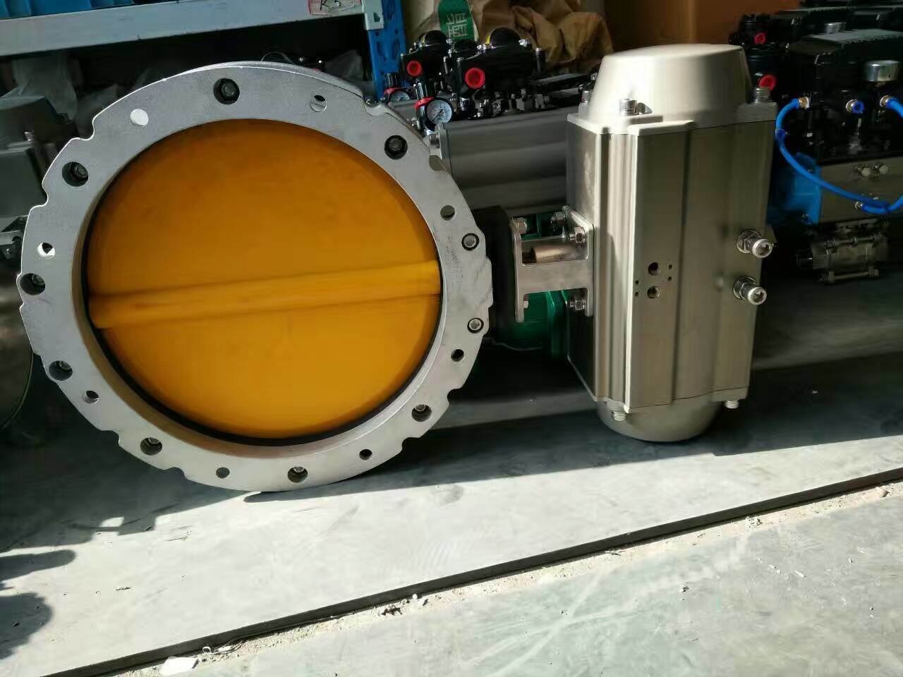 Pneumatic Butterfly Valve Complete with Limit Switch Box Solenoid Valve and Air Filter Regulator