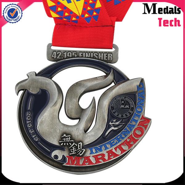 2017 China Medal Supplier Wholesale Halloween Marathon Soft Enamel Zinc Alloy Medal