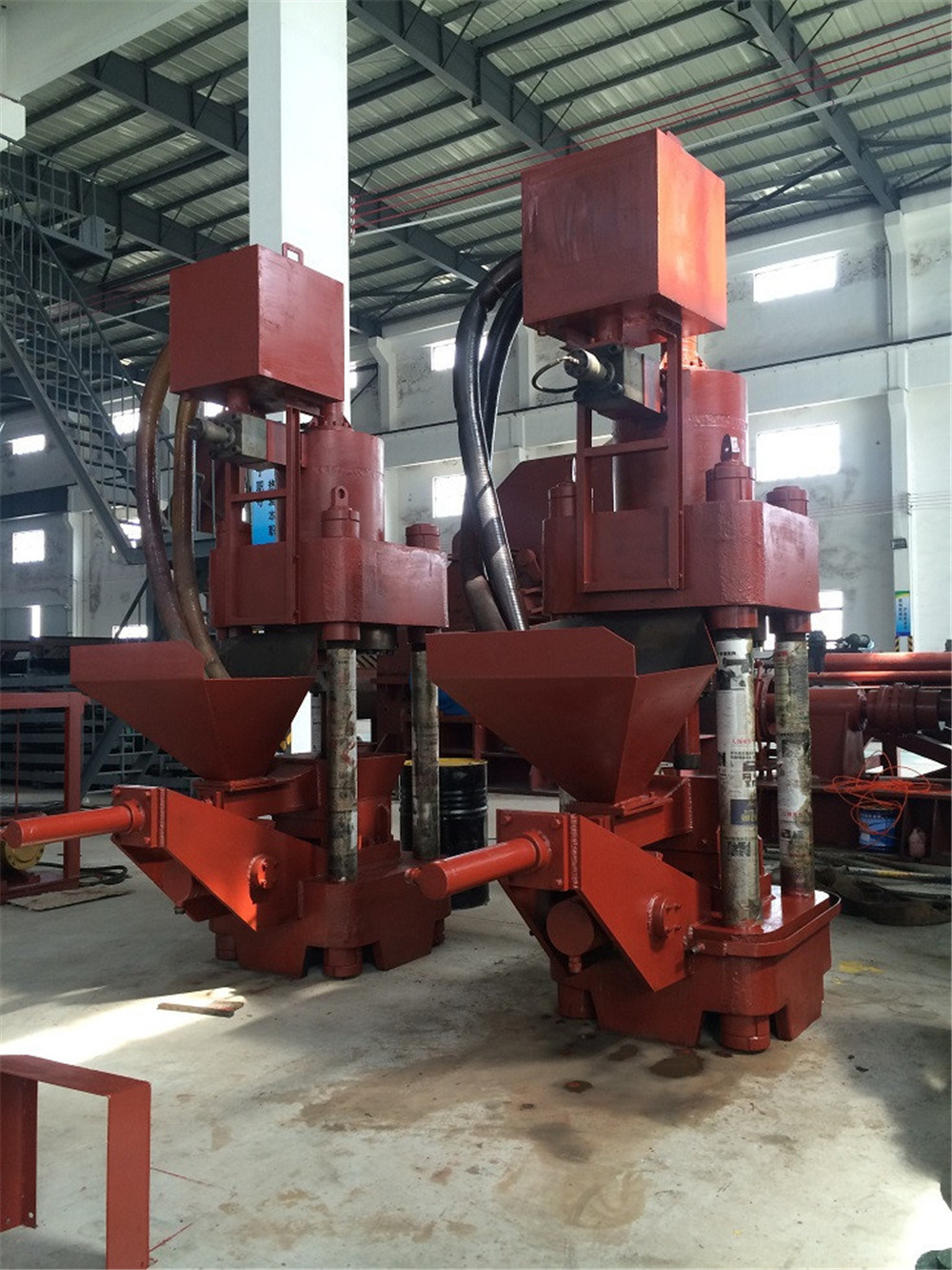 Y83-500 Series of Scrap Press Machine